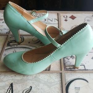 Beautiful Chase & Chloe Kimmy 38 heels